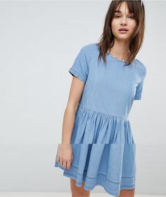 Короткое приталенное платье из шамбре Vero Moda - Синий