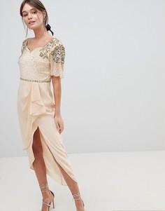 Платье миди с высоким разрезом и нарядной отделкой Virgos Lounge Laila - Розовый