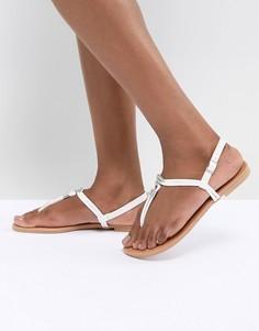 Сандалии из искусственной кожи New Look - Белый