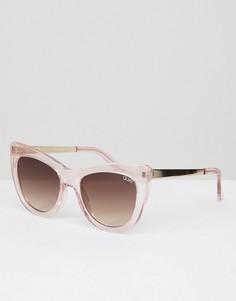 Розовые солнцезащитные очки кошачий глаз Quay Australia Steal A Kiss - Розовый