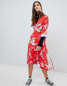 Платье в стиле кимоно с запахом и принтом Y.A.S - Мульти