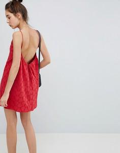Сарафан мини с глубоким вырезом на спине и вышивкой ришелье ASOS DESIGN - Красный
