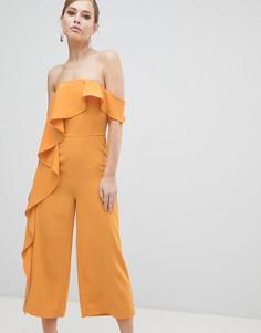Комбинезон с открытыми плечами и кюлотами Lavish Alice - Желтый