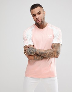 Розовая футболка с рукавами реглан adidas Originals adicolor California CV6000 - Розовый