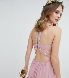 Платье макси с декоративной отделкой TFNC Petite - Розовый