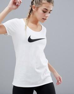 Белая футболка с овальным вырезом Nike Training - Белый