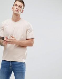 Футболка с заниженной линией плеч и тканым карманом Esprit - Розовый