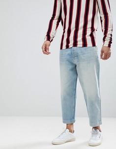 Светлые широкие укороченные джинсы ASOS DESIGN - Синий