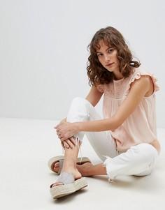 Блузка с оборками на рукавах Suncoo - Розовый