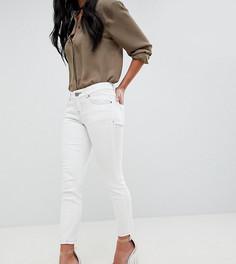 Кремовые джинсы с заниженной талией и контрастной строчкой ASOS DESIGN Petite Whitby - Белый