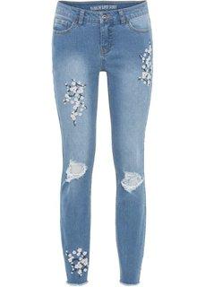 Брюки-дудочки с цветочной вышивкой (голубой) Bonprix