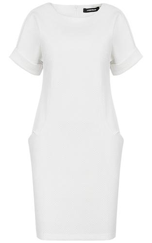 Белое платье с короткими рукавами