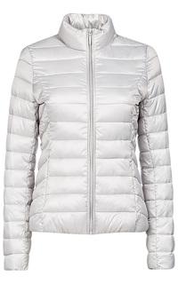 Белая куртка на искусственном пуху La Reine Blanche