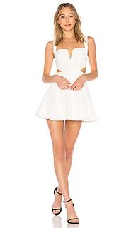 Облегающий верх и широкая юбка мини fit & flare - by the way.