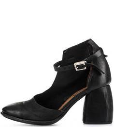 Кожаные туфли черного цвета A.S.98
