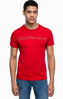Красная футболка с логотипом бренда Calvin Klein Jeans