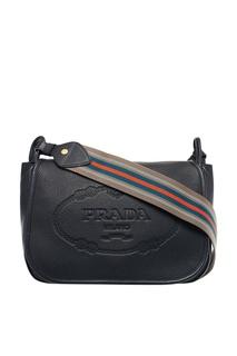 Черная кожаная сумка с тисненым логотипом Prada