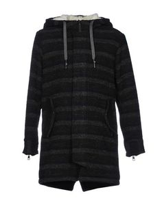 Пальто Low Brand