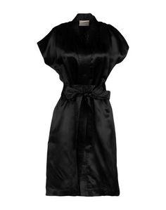 Короткое платье Laneus