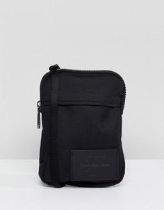 Маленькая сумка через плечо Calvin Klein - Черный