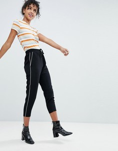 Широкие брюки со складками и полосками по бокам Monki - Черный
