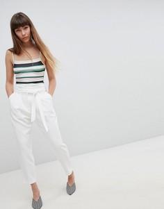 Зауженные брюки с поясом New Look - Белый