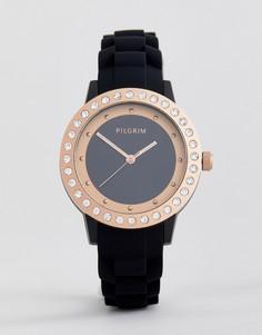 Часы с позолотой и черным силиконовым ремешком Pilgrim - Черный