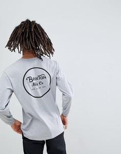Серый лонгслив с принтом на спине Brixton Wheeler - Серый
