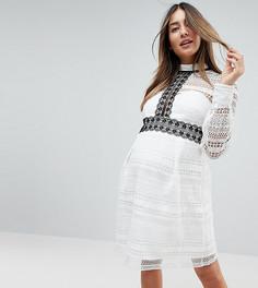 Кружевное платье мини с контрастной отделкой Chi Chi London Maternity - Белый