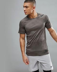 Коричневая футболка с камуфляжным принтом Nike Training Hypercool 888291-202 - Зеленый