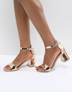 Золотистые босоножки на среднем блочном каблуке Glamorous - Золотой