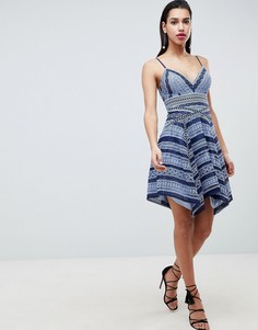 Платье мини с кружевной вставкой Forever New - Синий
