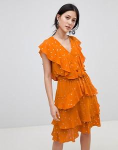 Платье с оборками и принтом металлик Y.A.S - Оранжевый