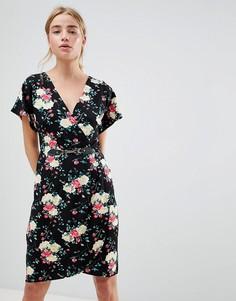 Платье с запахом и рукавами кимоно QED London - Черный