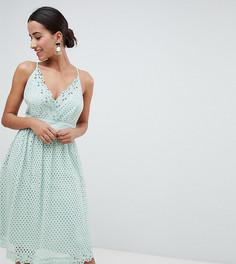 Кружевное платье миди на бретелях Boohoo - Зеленый