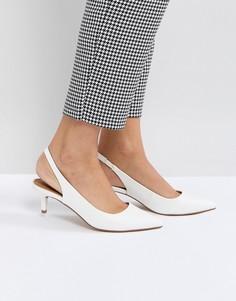 Туфли на каблуке-рюмочке с ремешком через пятку ASOS SPIRIT - Белый