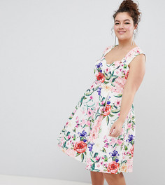 Платье для выпускного с цветочным принтом и вырезом в форме сердца Paper Dolls Plus - Мульти