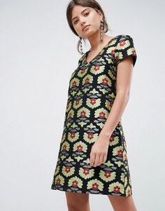 Жаккардовое платье-трапеция с короткими рукавами Traffic People - Золотой