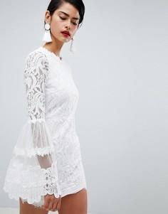Кружевное платье с высоким воротом Missguided - Белый