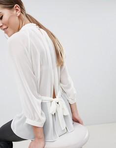 Полупрозрачная блузка цвета слоновой кости с поясом и открытой спиной ASOS DESIGN - Белый
