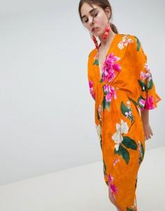 Жаккардовое платье миди в стиле кимоно с цветочным рисунком ASOS DESIGN - Мульти