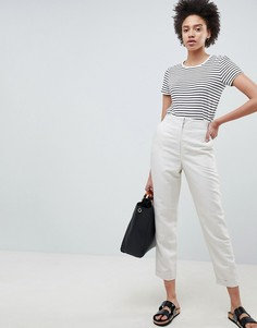 Зауженные брюки ASOS DESIGN tailored - Кремовый