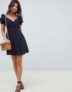 Короткое приталенное платье в горошек с квадратным вырезом Influence - Темно-синий