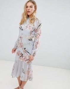 Платье миди с длинными рукавами и открытой спиной Hope & Ivy - Мульти