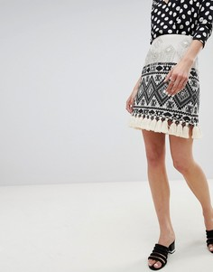 А-образная мини-юбка с кисточками River Island - Кремовый