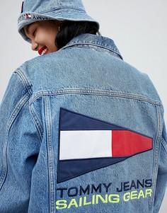 Джинсовая куртка в стиле 90-х с логотипом на спине Tommy Jeans Capsule 5.0 - Синий