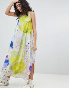 Платье с мраморным принтом и драпировкой Weekday - Мульти