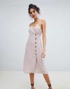 Платье на пуговицах с запахом New Look - Бежевый