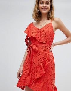 Платье с запахом, оборками и вышивкой ришелье River Island - Оранжевый