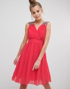 Шифоновое платье для выпускного с декоративной отделкой Little Mistress - Красный